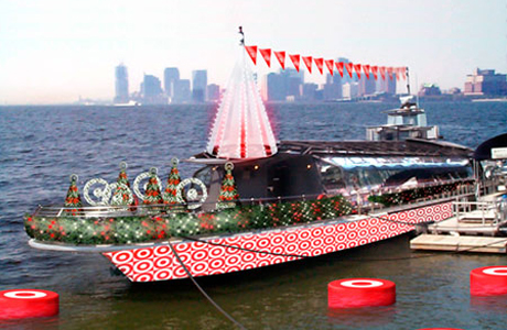 Target Holiday Boat at Chelsea Piers